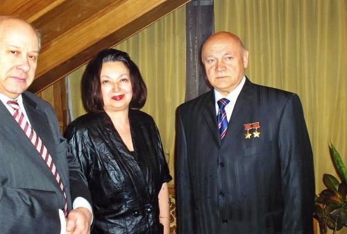 С космонавтом Джанибековым (2006 г.)