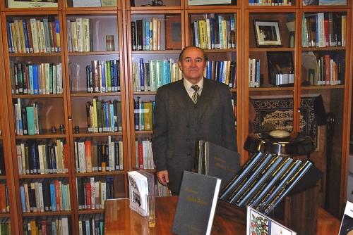 В Триесте (Италия) среди архивных документов Абдус Салама (2006 г.)