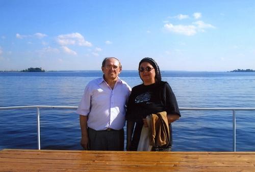 На Волге с супругой (2006 г.)