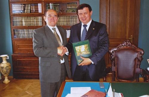 С ректором Казанского университета